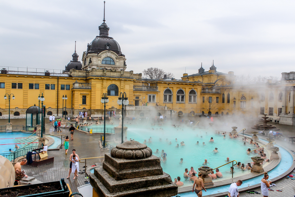 Széchenyi thermal baths