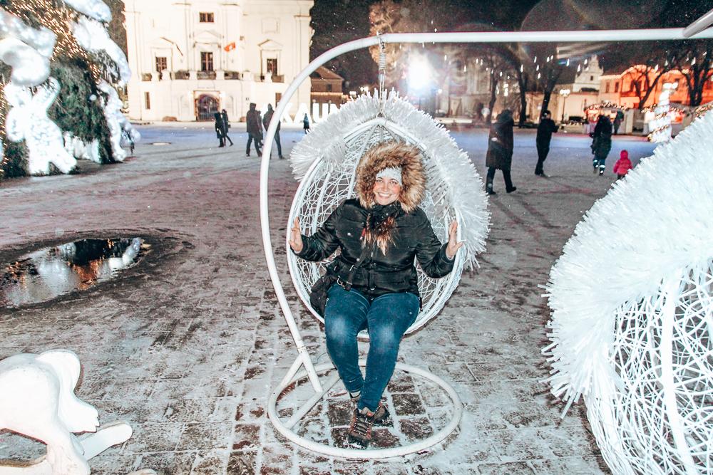 Girl in swing in Kaunus