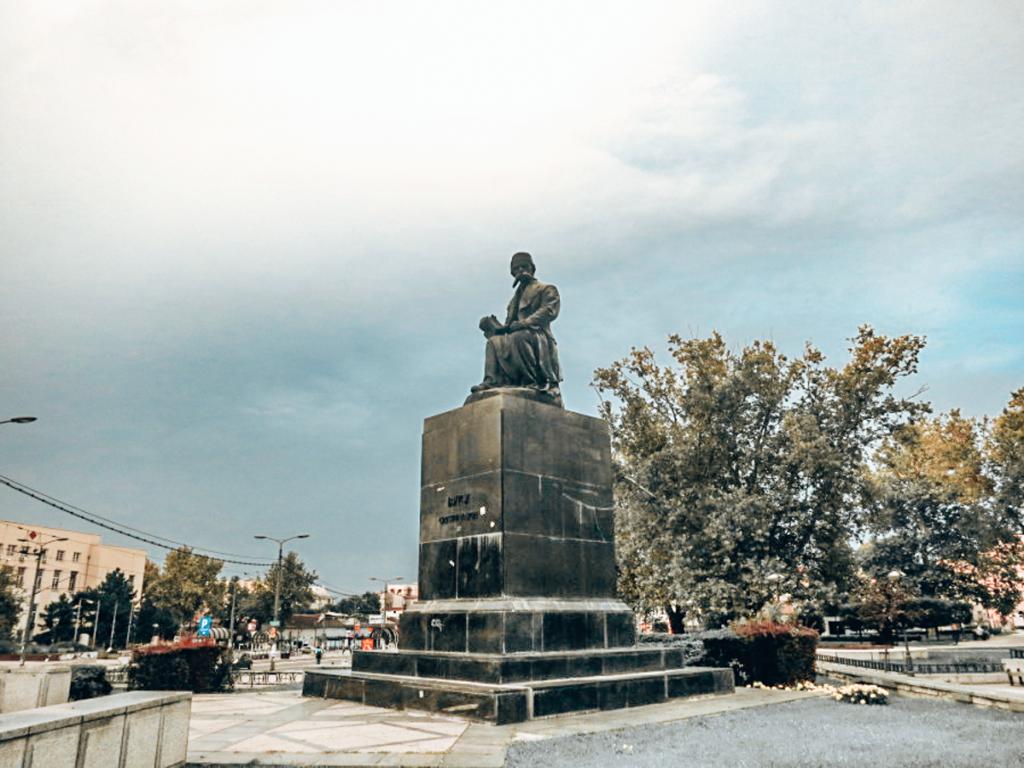 Statue in Belgrade